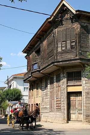 buyakada house